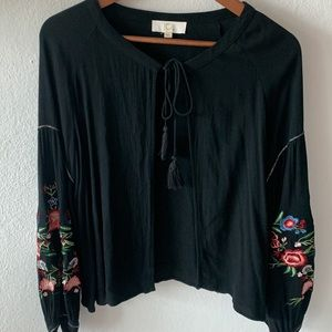 Open cardigan with embroidery